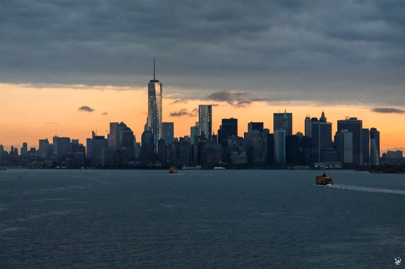 Manhattan Skyline at dawn (photo (c) Esther Wagner)