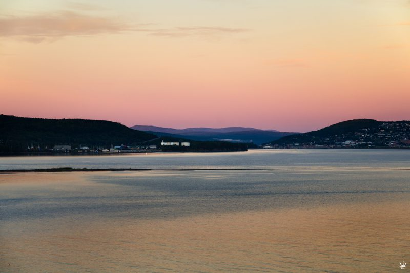 Sunrise over Saint Lawrence River (photo (c) Esther Wagner)
